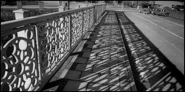 Bridge railings