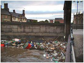 Debris on the Chantry Bridge
