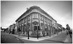 (4P)   Rotherham's first purpose built bank standing  since the 1890's