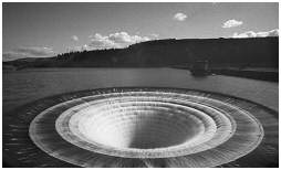 (S1H)   The massive overflow system of the Ladybower reservoir
