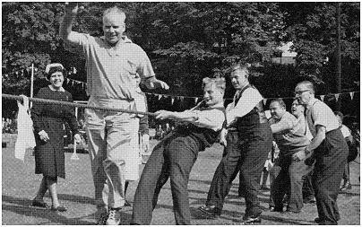 Afternoon sports day in 1964.  Photo: Sharon Booth