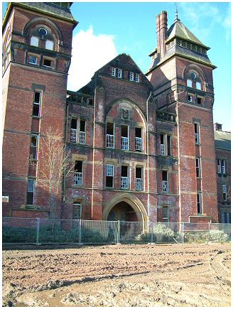 Derelict Kingswood