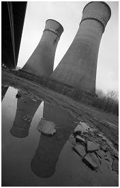 (S5 J)    Cooling Towers at Tinsley Viaduct