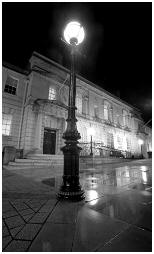 (3J)   ROTHERHAM TOWN HALL in a cold winter night